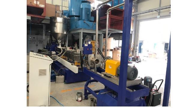 山东盛华电机与科好塑机定制造粒机专用变频电机合作案例